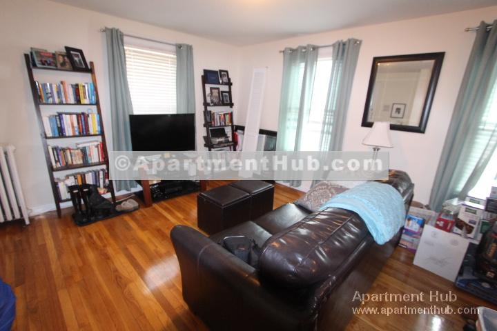 Pet friendly apartment in Harvard Square,