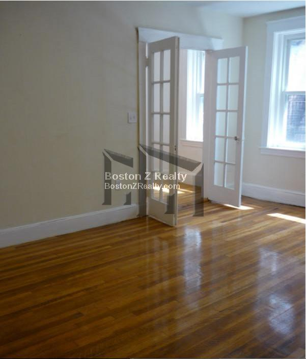 BEAUTIFUL, BRIGHT 2 BD, Parking For Rent. GREAT DEAL! FOR SEPTEMBER!