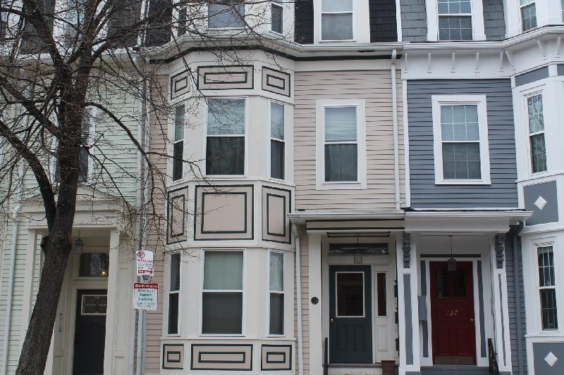 1 Bed East Side South Boston