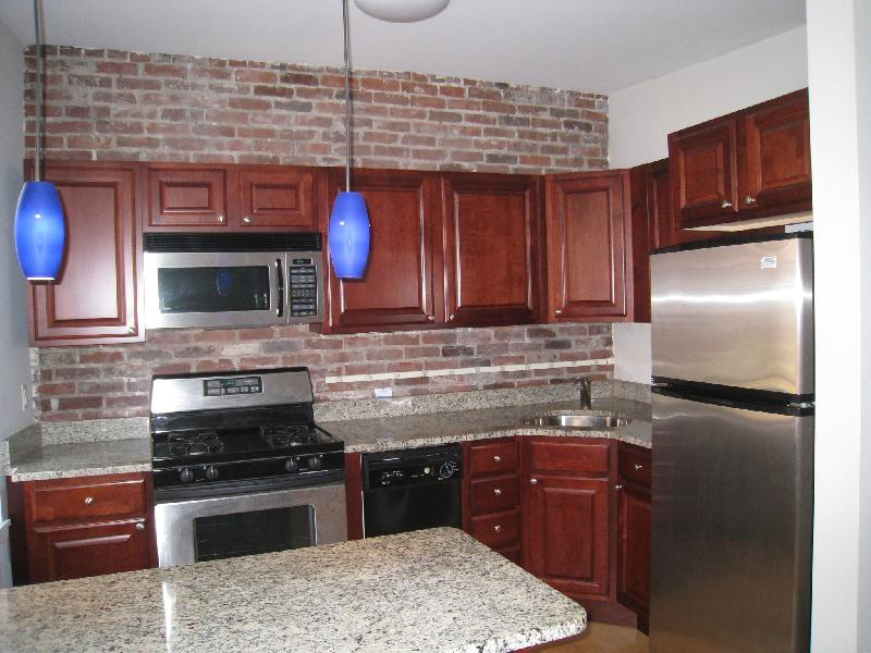 NICE BEACON HILL 1 BED, CLOSE TO SUFFOLK/MGH, AVAIL NOW