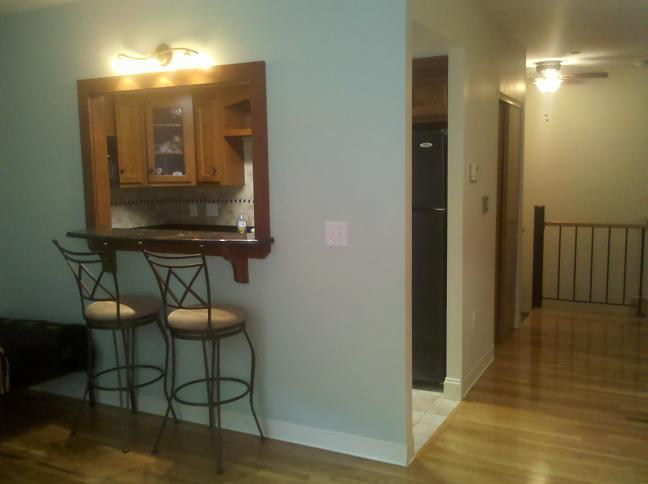 2 Bed Duplex on Gainsborough St.