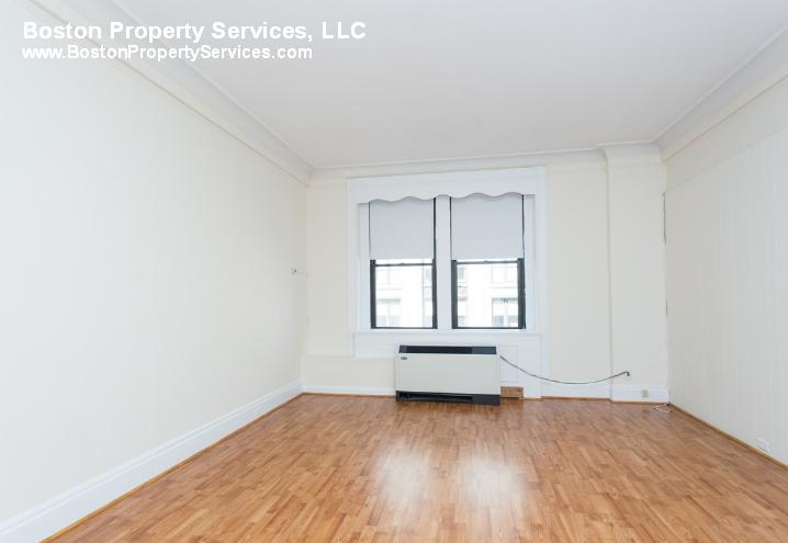 Studio, 1 Bath apartment in Boston, Back Bay for $1,850
