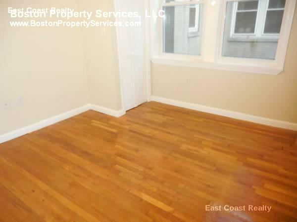 HUGE 2 BEDROOM~HT/HW~Avail Now~Photos~Great Value~Spacious Unit