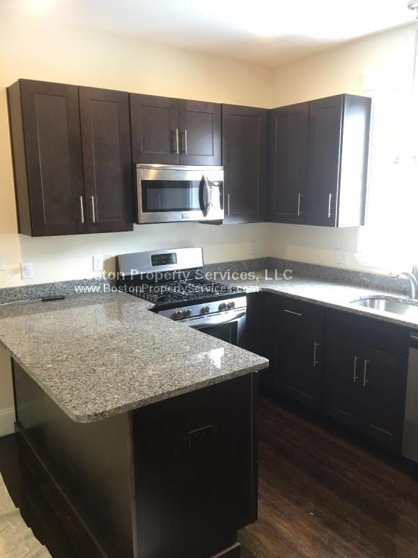 4 Beds, 2 Baths apartment in Boston, Mission Hill for $3,900