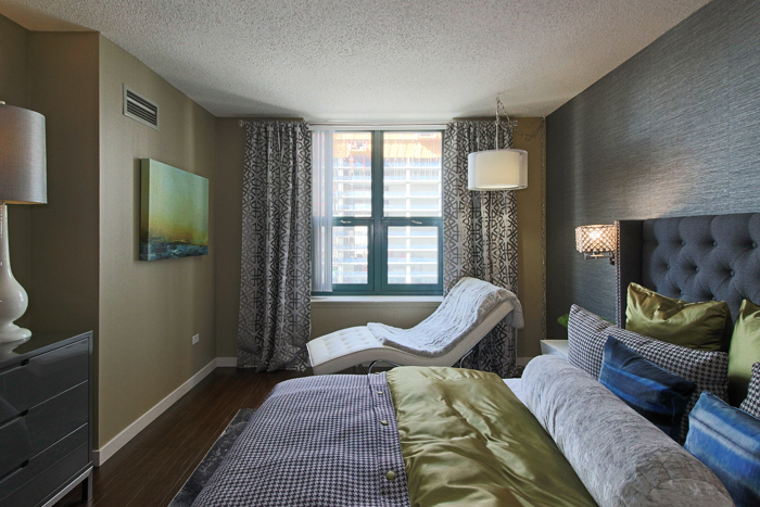 1 BED IN RIVER NORTH