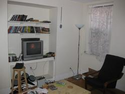 SWEET, MODERN BU SOUTH CAMPUS 3 BED. CLEAN, SUNNY, SPACIOUS.