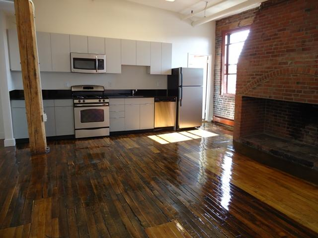 1 Bd on Tremont St., NO FEE, Parking Included