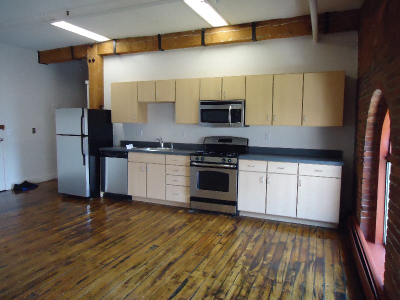 1 Bd on Tremont St., Parking Included