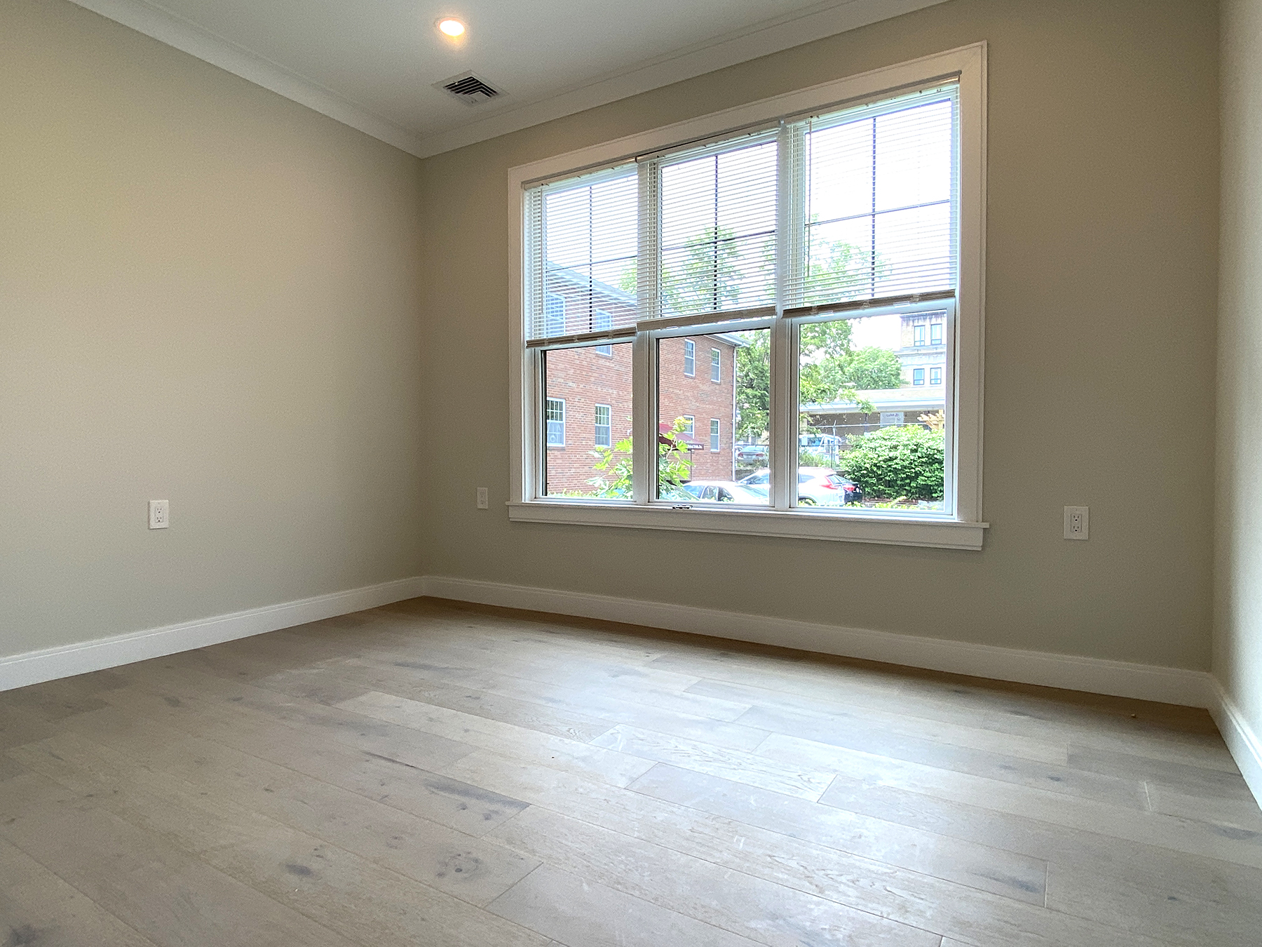 2 Beds, 2 Baths apartment in Boston for $2,800