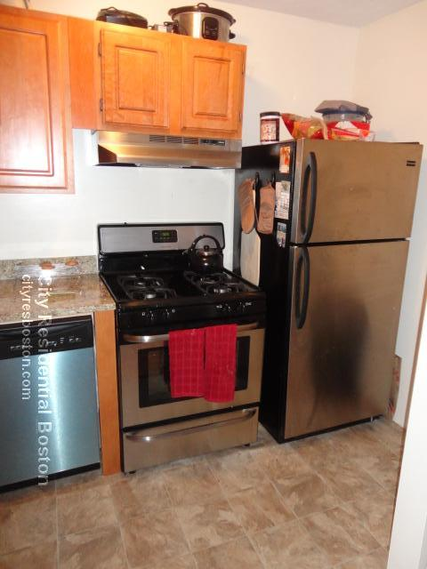2 Beds, 1 Bath apartment in Boston, South Boston for $2,125