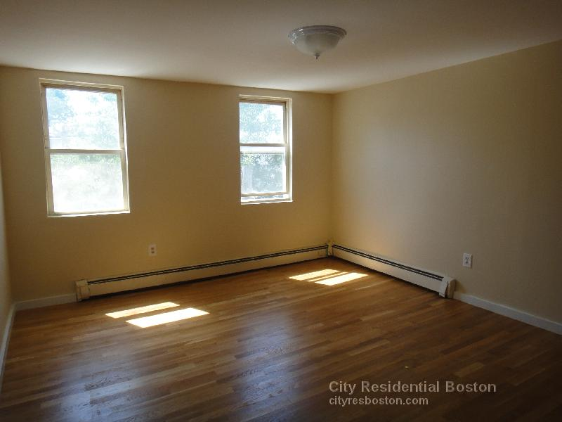 2 Beds, 1 Bath apartment in Boston, South Boston for $2,250