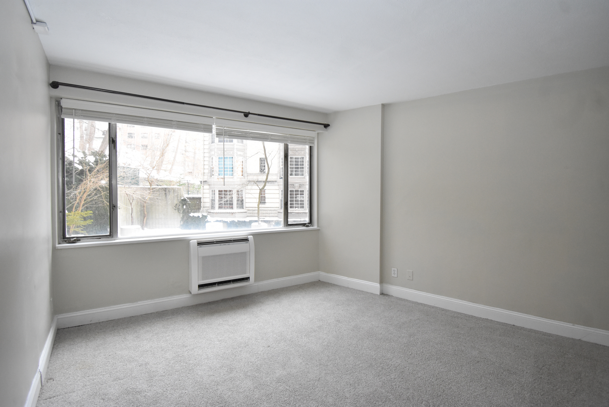 1 Bed, 1 Bath apartment in Brookline, Washington Square for $2,350
