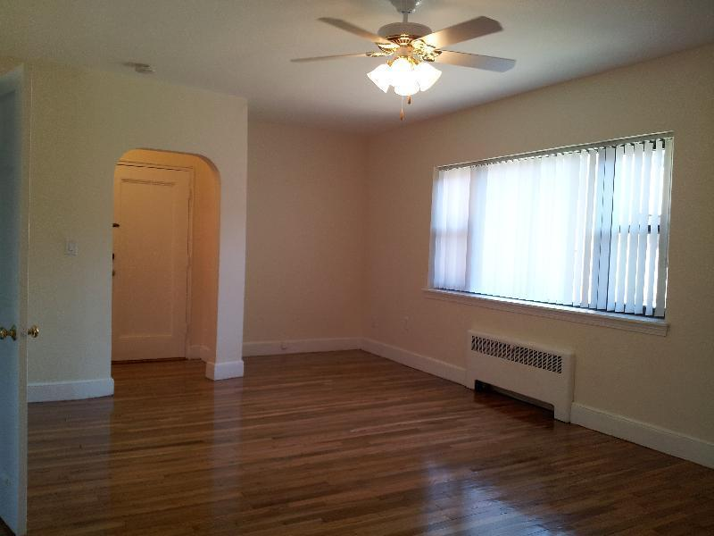 2 Bd, DSL/Cable Ready, Disposal, Dishwasher, New/Renovated Kitchen, Ya