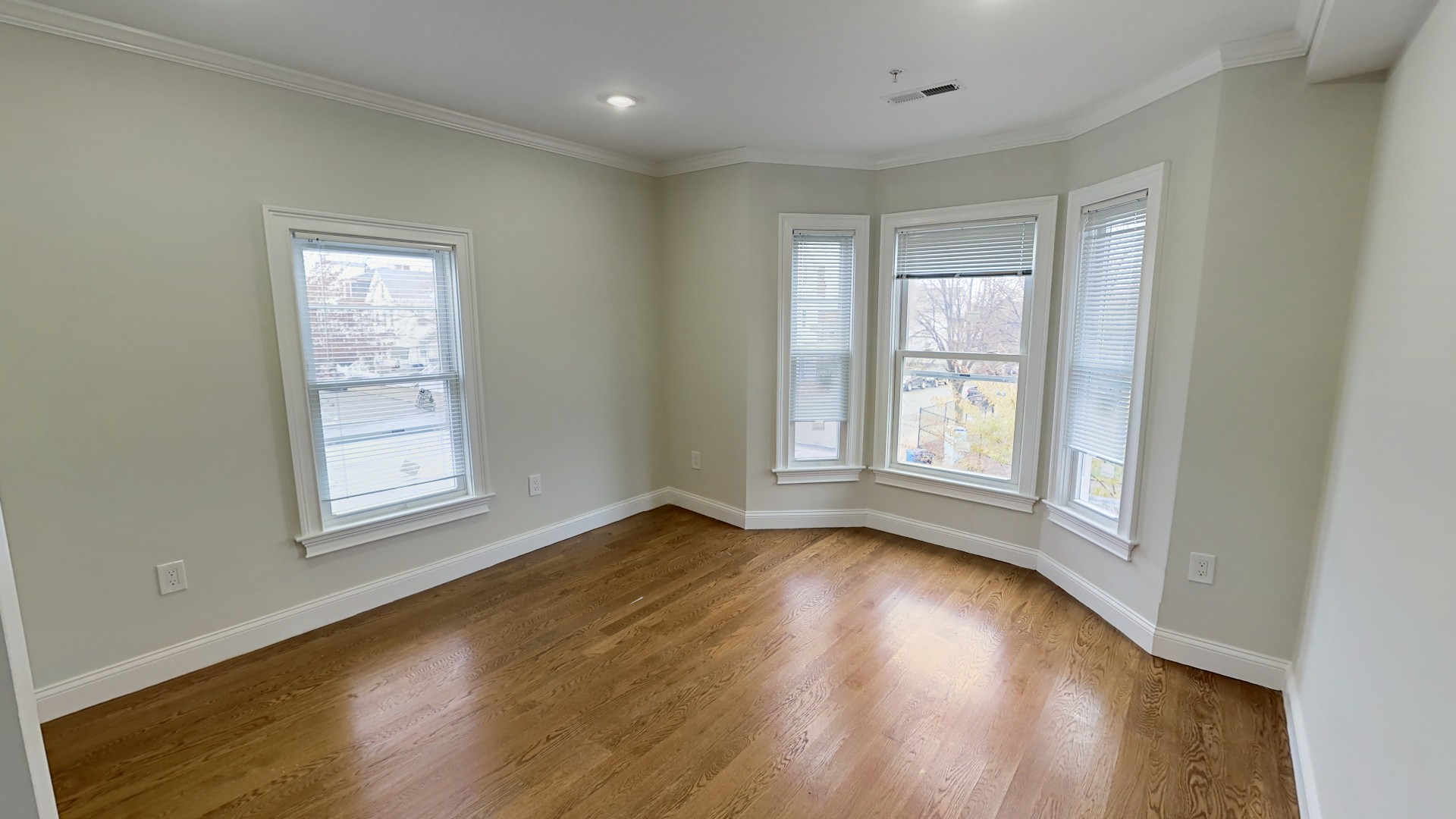 Photos of apartment on Pearl St.,Somerville MA 02145