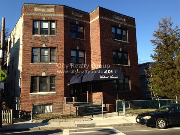 4 Beds, 1.5 Baths apartment in Boston, Jamaica Plain for $2,395