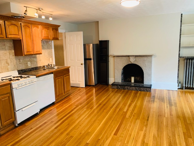 1 Bed, 1 Bath apartment in Boston, Beacon Hill for $1,700