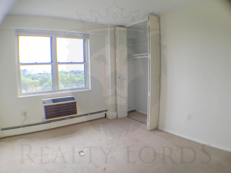 2 Beds, 1.5 Baths apartment in Brookline, Coolidge Corner for $2,500