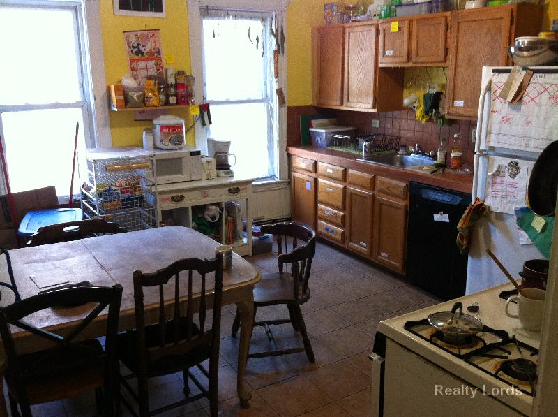 Nice 5 bed 2 bath in Allston 9/1