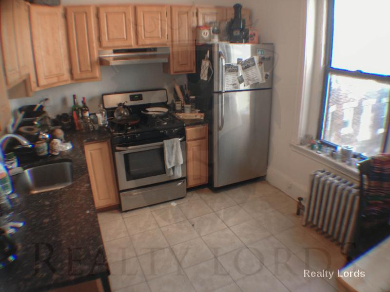 ⫸Gorgeous 1br split with stainless steel updated appliances