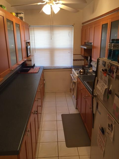Beautiful apartment 2 minutes to SJU! Heat and hot water incl!