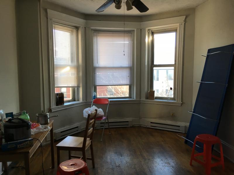 5 - FOR RENT