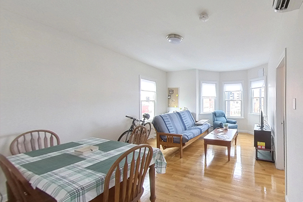 2 Beds, 1 Bath apartment in Somerville for $2,100