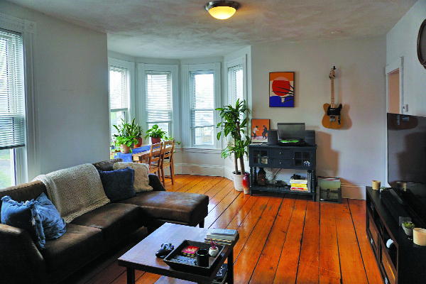 2 Beds, 2 Baths apartment in Waltham for $2,100