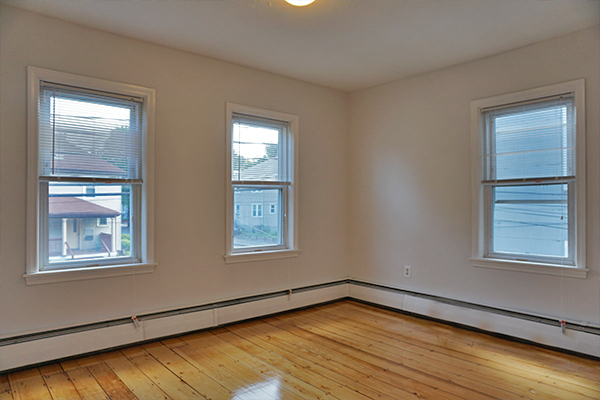2 Beds, 1 Bath apartment in Waltham for $2,250