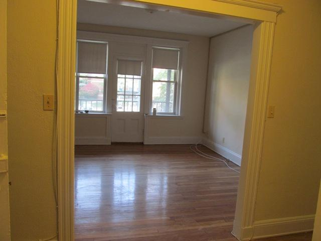 134 Warren St rental