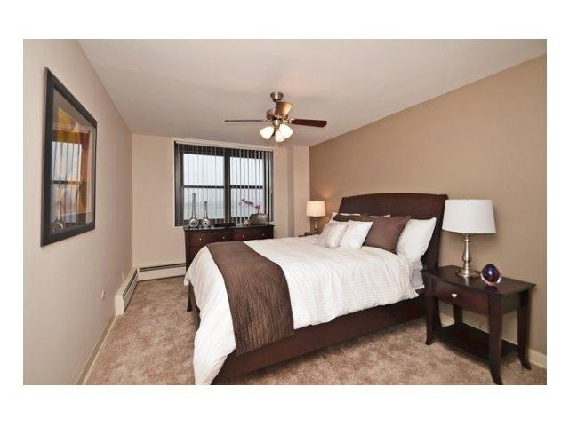 Beautiful 2 bed in SOUTH BOSTON!