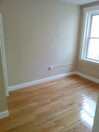 Gorgeous 3 Bed 2 Bath on Hanover St, North End Boston Ma. MUST SEE!!!