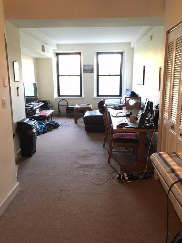 CAT FRIENDLY KENMORE 2 BED ON COMM. AVE WITH BENEFITS!