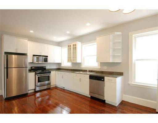 6 Beds, 2 Baths apartment in Boston, Mission Hill for $7,750