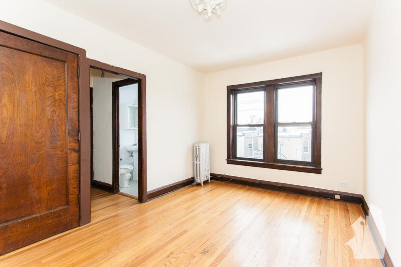 0 Bed rental for $950 in Chicago -