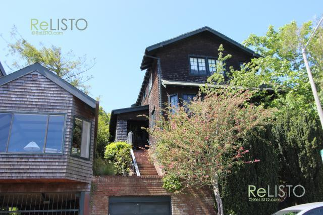 Ashbury Heights | 3-4 bedroom | Views | Spacious | Yard | ReLISTO