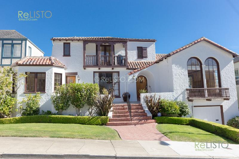 Monterey Heights |   3 Bed 2 Bath Luxury Single Family Home