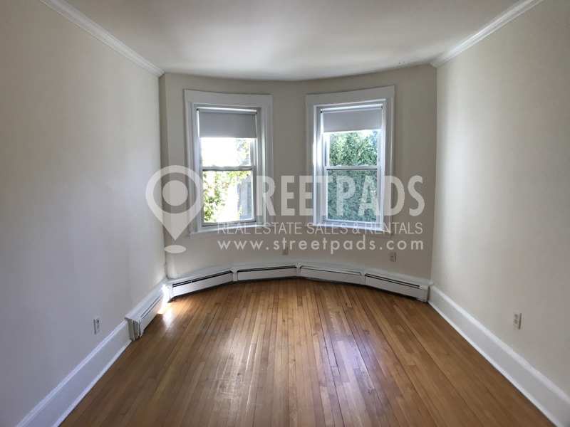 Pictures of  property for sale on Fairbanks St., Brookline, MA 02446