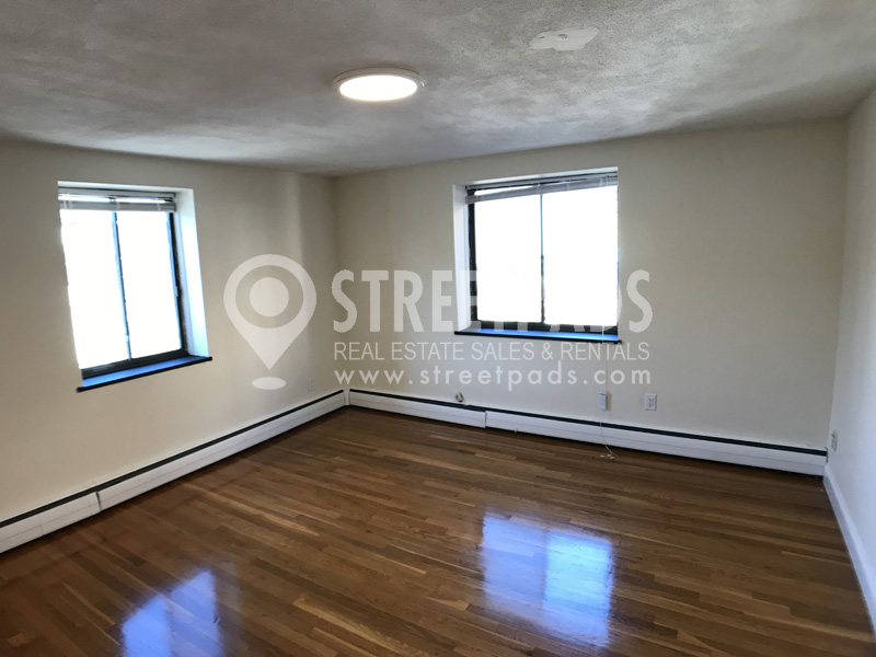 Photos of apartment on Babcock St.,Brookline MA 02446