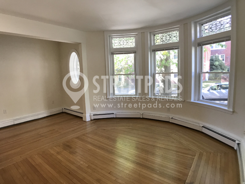 Pictures of  property for rent on Fairbanks St., Brookline, MA 02446