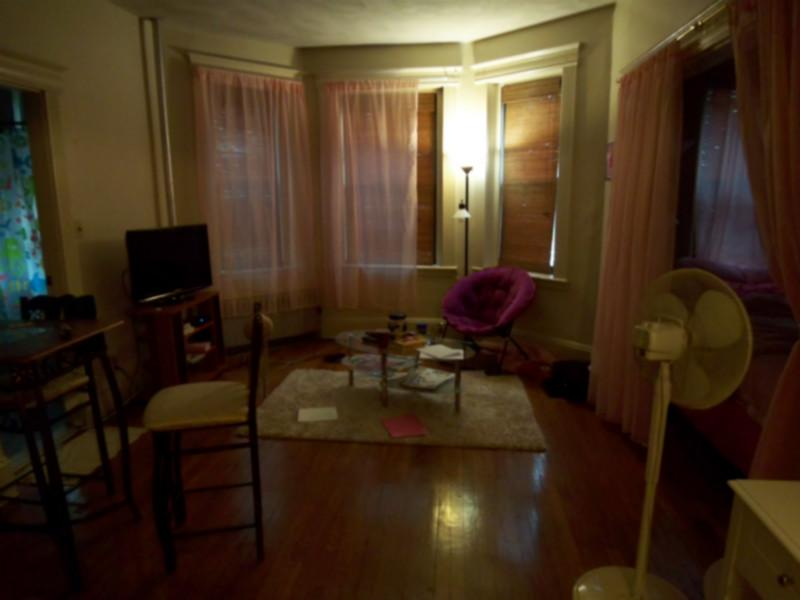 Spacious Irresistible Attractive Studio on St Stephens