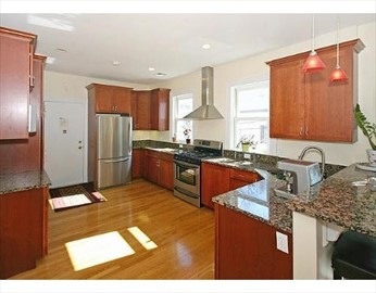 2 Beds, 1.5 Baths apartment in Cambridge for $2,500